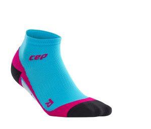 CEP_low_cut_socks_hawaiibluepink_WP4AF0_w_single_72dpi